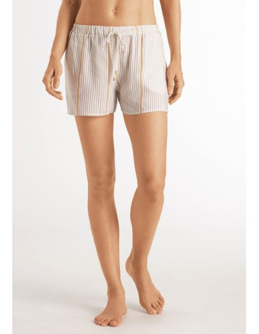 Pantalón corto 100% viscosa...