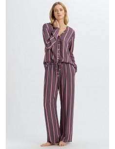 Pijama elegante a rayas de...